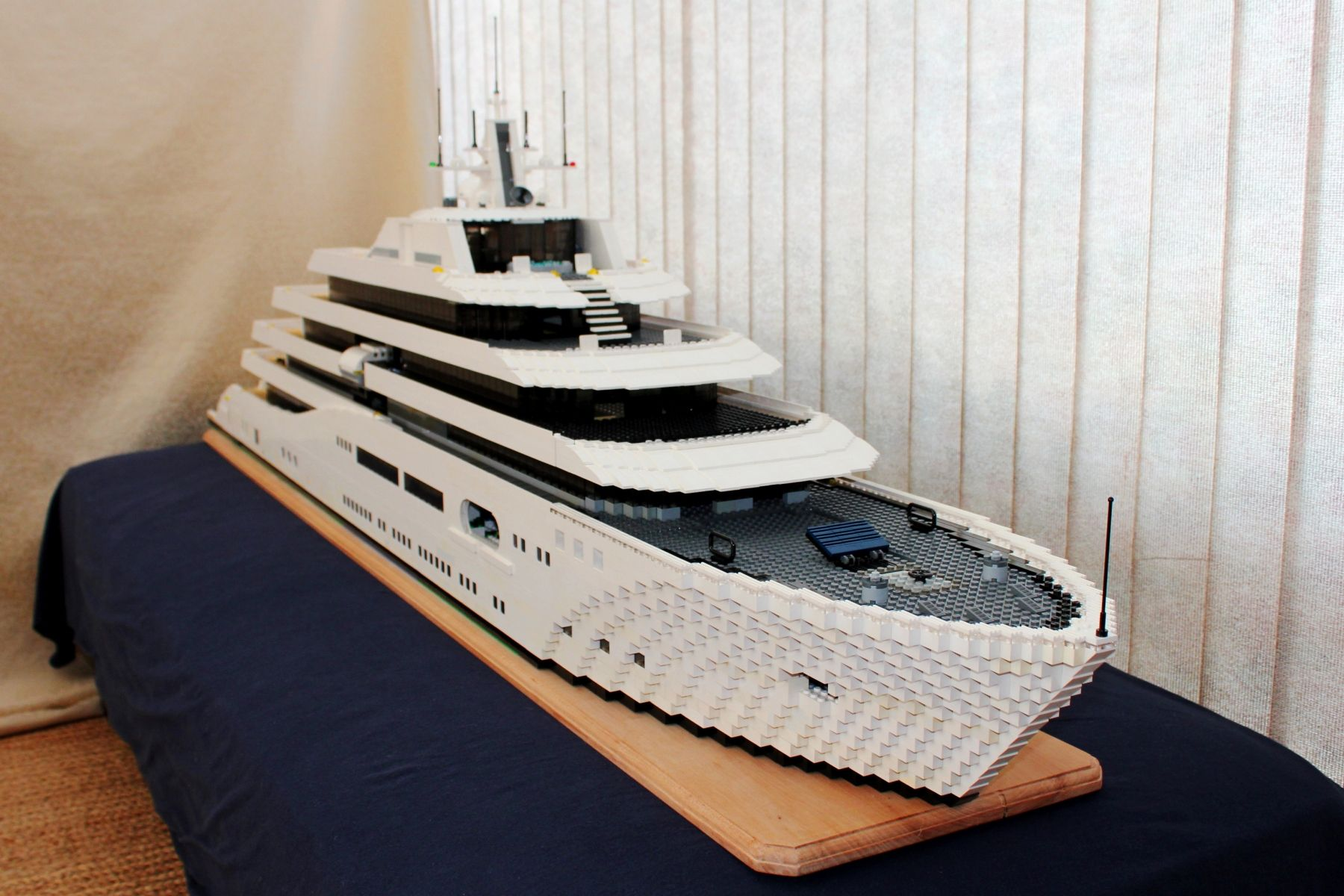 Dining Room Sets For 6 Lego Mega Yacht Keith Orlando