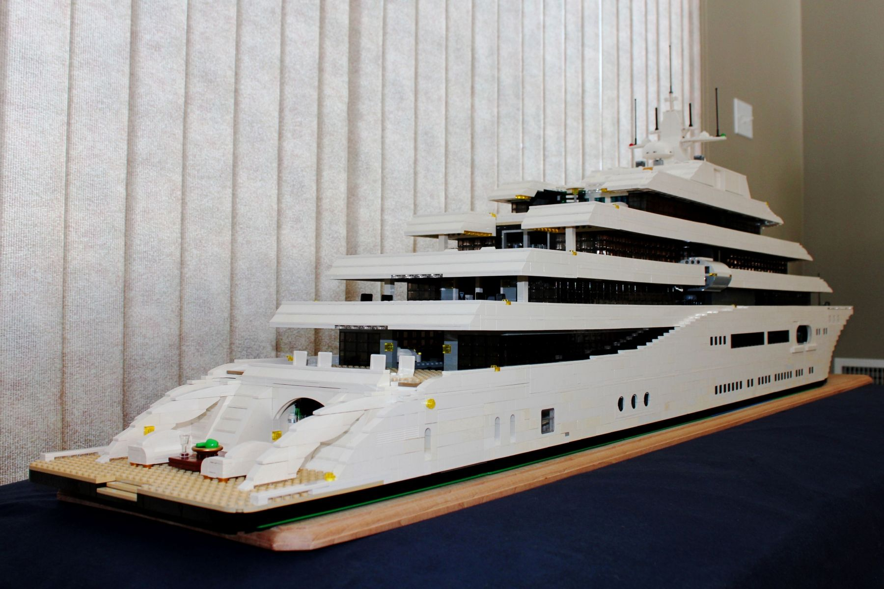 5 Room Floor Plan Lego Mega Yacht Keith Orlando